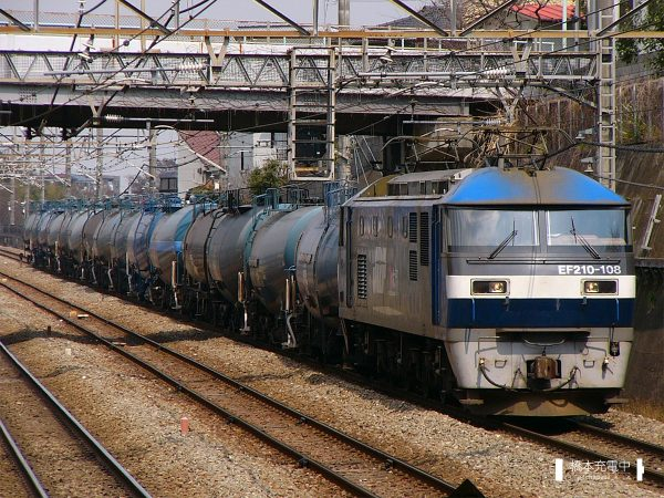 EF210形電気機関車 EF210-108/2005-03-31 新秋津