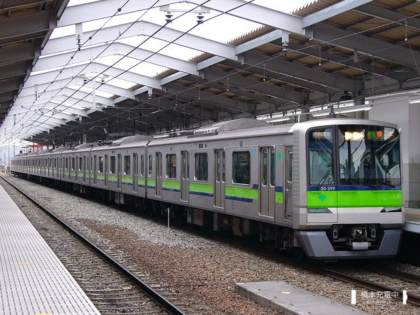 東京都交通局10-300形 10-390F/2006-02-06 京王多摩センター