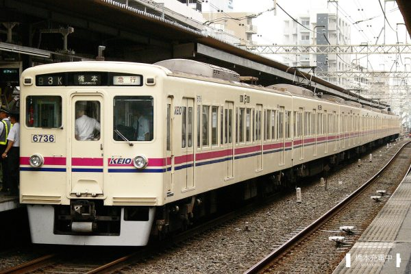 京王6000系 6736F/2006-08-30 笹塚