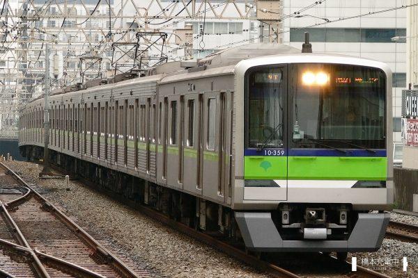 東京都交通局10-300R形 10-350F/2006-08-30 笹塚