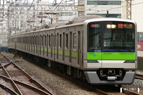 東京都交通局10-300形 10-390F/2006-08-30 笹塚