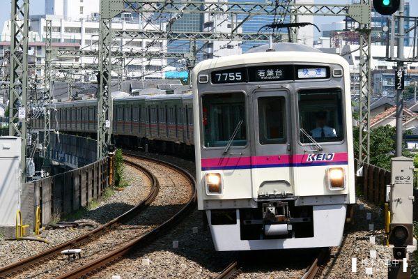 京王7000系 7705F/2006-08-31 京王多摩川
