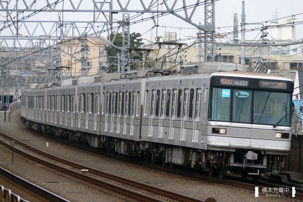 東京メトロ03系 03-121F