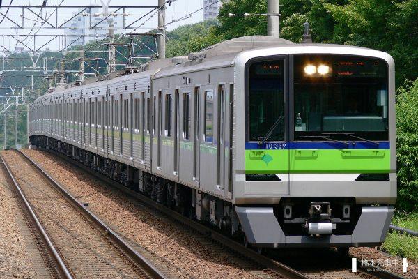 東京都交通局10-300R形 10-330F