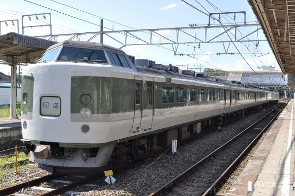 JR189系 N103編成(長野総合車両センター)