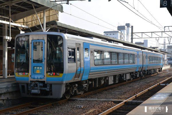 2000系気動車 2116 2018-01-20 松山